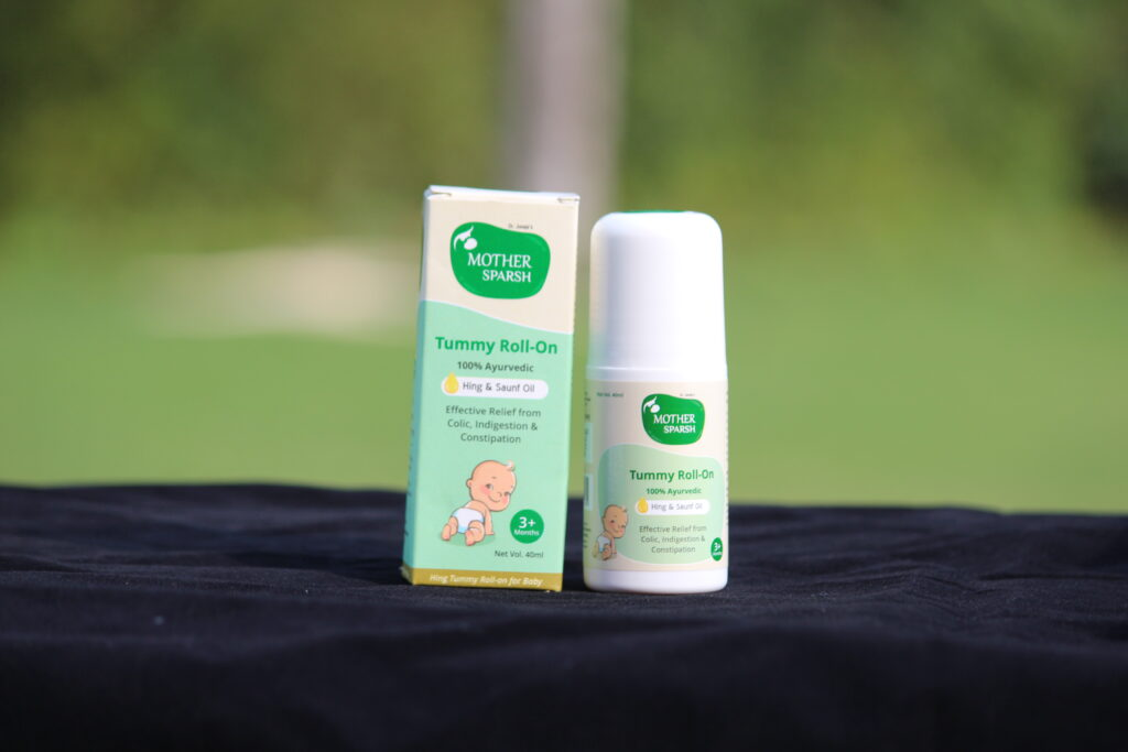 mother sparsh colic roll on
